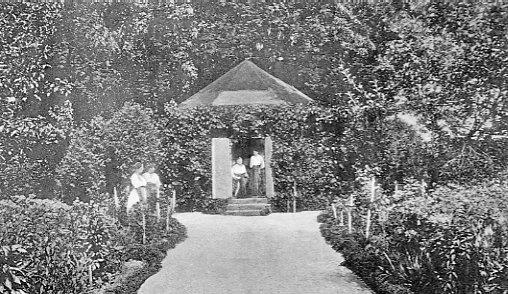 Søstrehusets have, ca. 1900