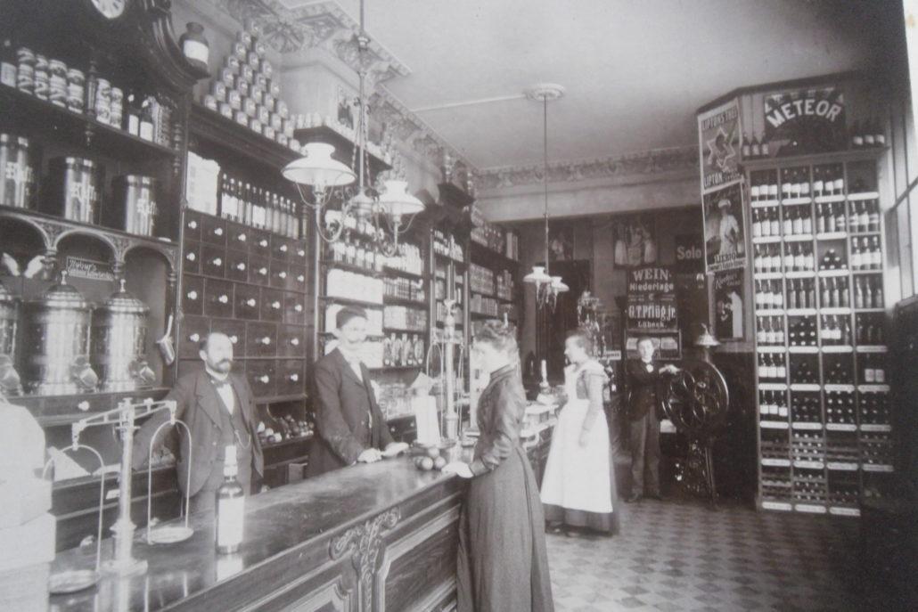 Interiør, Spielwerk&Co. ca. år 1900.
