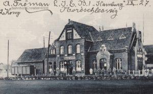 Banegården - 1900 - 1920, Fotograf, Jens Peter Lund Hansen Postkort Samlinge - Foto - Christiansfeld Lokalhistorisk Arkiv og Forening (2)